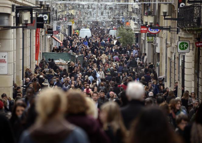 Entre le 1er janvier 2013 et la 1er janvier 2014, la population française a augmenté de0,5%.