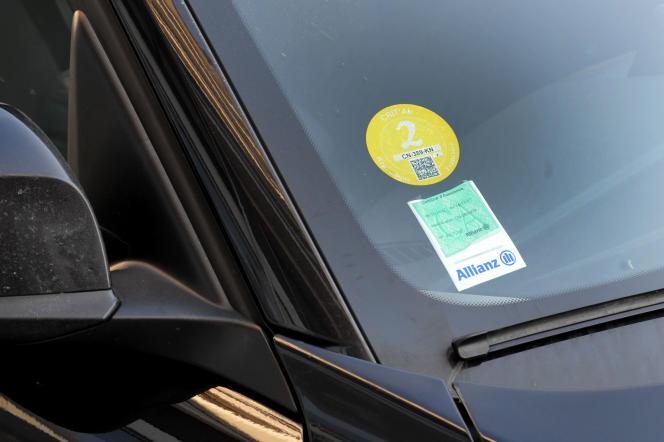 Le nouveau certificat Crit'Air s'adresse à tous les types de véhicules à moteur: voitures, poids lourds, bus, autocars, deux ou trois-roues, véhicules utilitaires,etc.