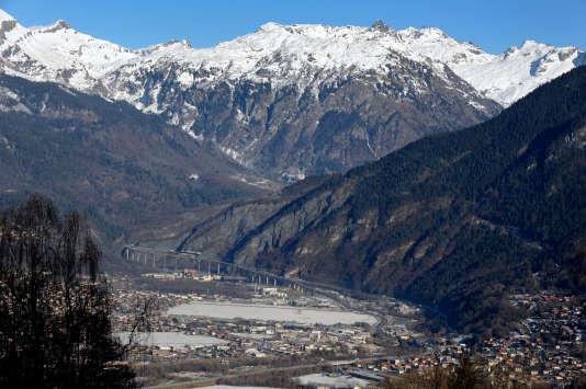 La vallée de l'Arve (Haute-Savoie) au pied du mont Blanc.