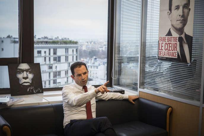 Benoît Hamon, le 3 janvier, dans ses bureaux de campagne à Paris.
