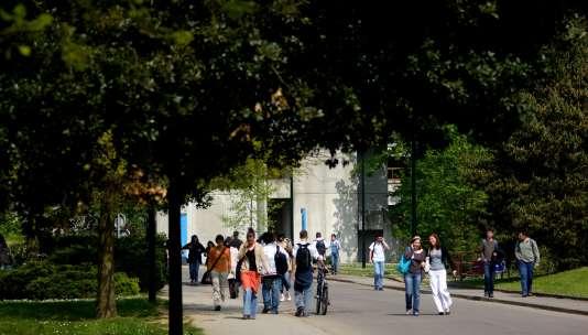 Surle campus Lombarderie de l'université de Nantes.