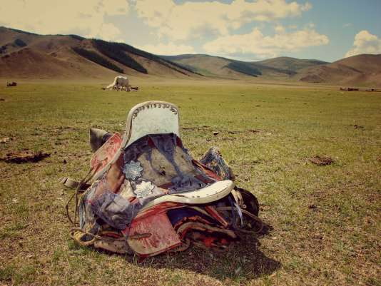 Mongolia is to be visited by 4x4, on horseback or in hikes.