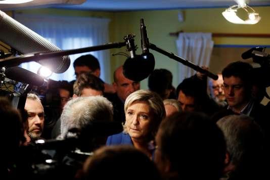 Marine Le Pen, à Igoville (Eure), le vendredi 6 janvier.