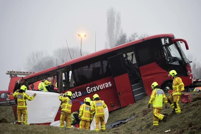 Quatre citoyens portugais sont morts dans l'accident.