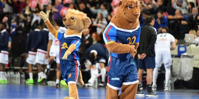 Koolette (à gauche) et Rok (à droite), les mascottes du Mondial de handball.