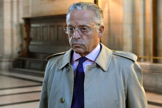 Guy Wildenstein arrive au tribunal correctionnel en septembre.