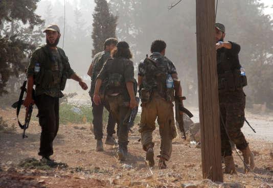 Des combattants du Front Fatah Al-Cham, en août 2016.