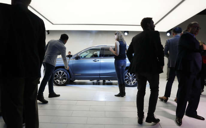 Présentation du modèle Terrain de General Motors au Salon de Detroit (Michigan), le 8 janvier.
