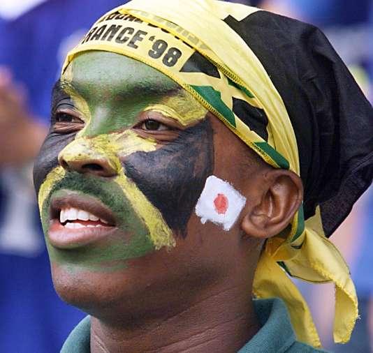Supporteur des« Reggae Boyz» jamaïcains durant la Coupe du monde 1998.