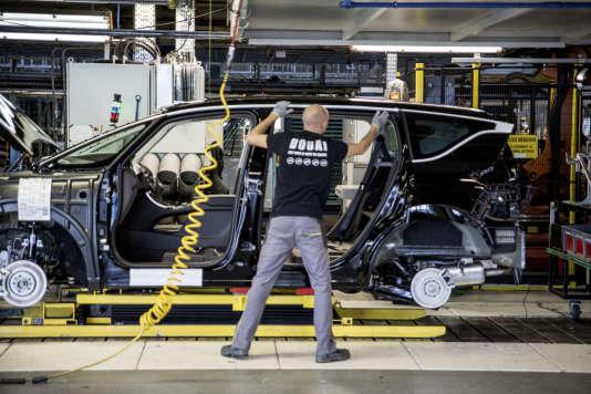Une nouvelle plate-forme technique de l'Alliance, dédiée aux véhicules électriques, sera créée à l'usine de Douai (Nord).