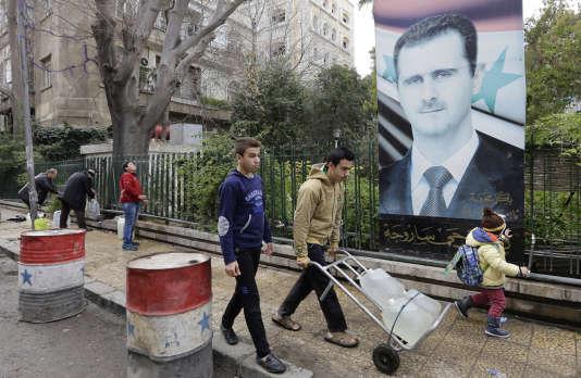Depuis le 22décembre, les Damascènes sont à leur tour confrontés à l'attente et aux privations d'eau.
