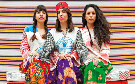 Le trio féminin A-WA.