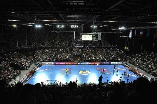 L'intérieur de l'Arena de Montpellier, lors d'un match de Ligue des champions de handballen 2010.