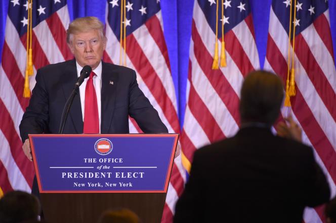 Donald Trump a répondu aux questions des journalistes lors de sa première conférence de presse en tant que président élu des Etats-Unis, à New York, le 11janvier.