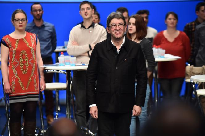 Jean-Luc Mélenchon, lors de son meeting, le 11 janvier auMans.