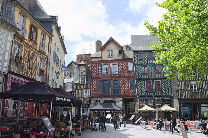 La municipalité de Rennes a mis en place un budget participatiof depuis 2015.