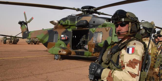 Un soldat de l'opération «Barkhane» sur la base de Gao, dans l'est du Mali, le 2 janvier 2015.