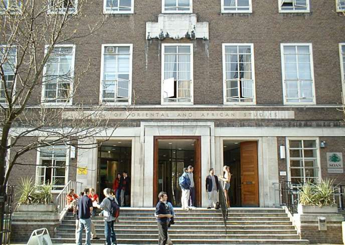 La « School of Oriental and African Studies » (SOAS) en mars 2004.