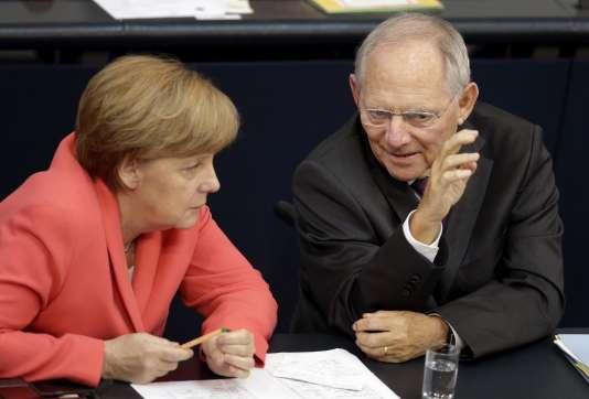 Angela Merkel et Wolfgang Schäuble, ministre des finances, à Berlin, en juillet 2015.
