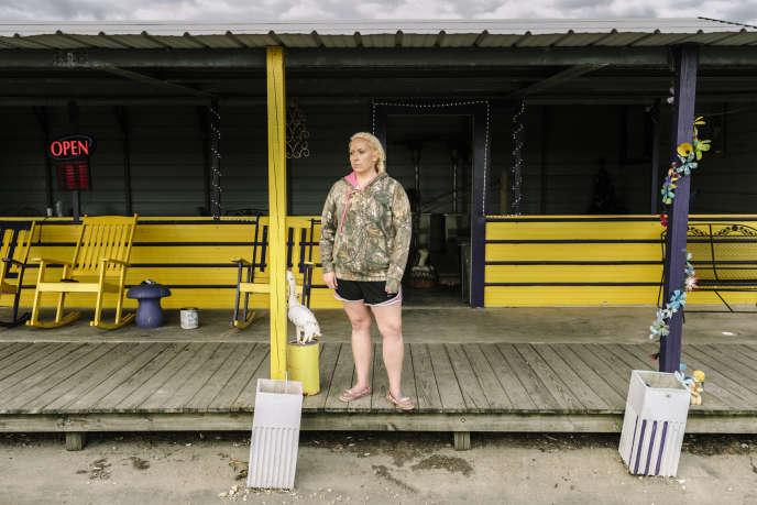 Leslie Fincher, 26 ans, serveuse chez Nella & Tee, le restaurant routier de sa belle-mère.