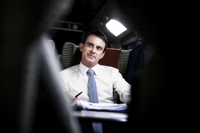 Manuel Valls, lors d'une visite à Dijon, le 13 janvier.