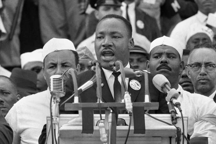 Le 28 août 1963, Martin Luther King s'adresse aux marcheurs lors de son discours « I Have a Dream » au Lincoln Memorial à Washington.