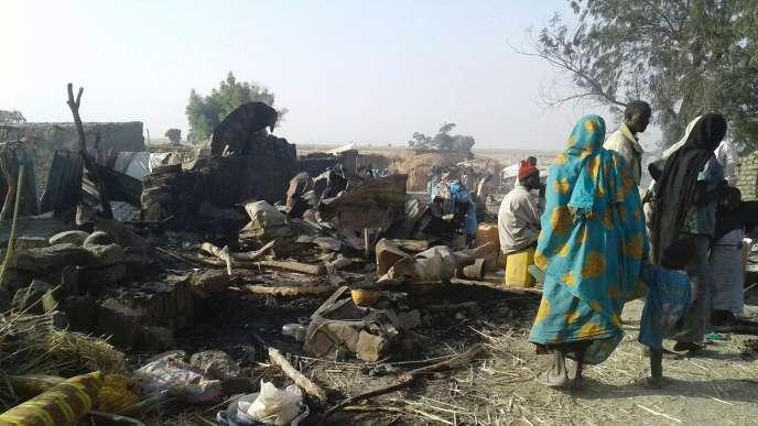 Au moins six employés de la Croix-Rouge nigériane ont été tués et 13 autres blessés dans cette frappe aérienne.