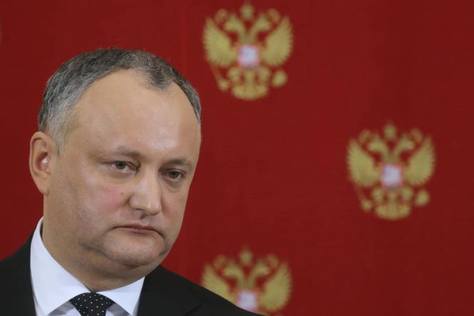Elu à la mi-novembre 2016 avec 56,5% des voix, Igor Dogon a proné durant la campagne un rapprochement avec la Russie. Il a été reçu à Moscou mardi 17 janvier.