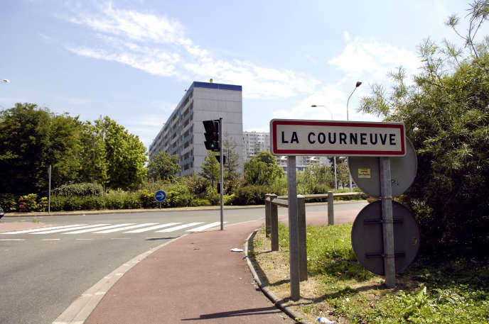 A La Courneuve (Seine-Saint-Denis), .