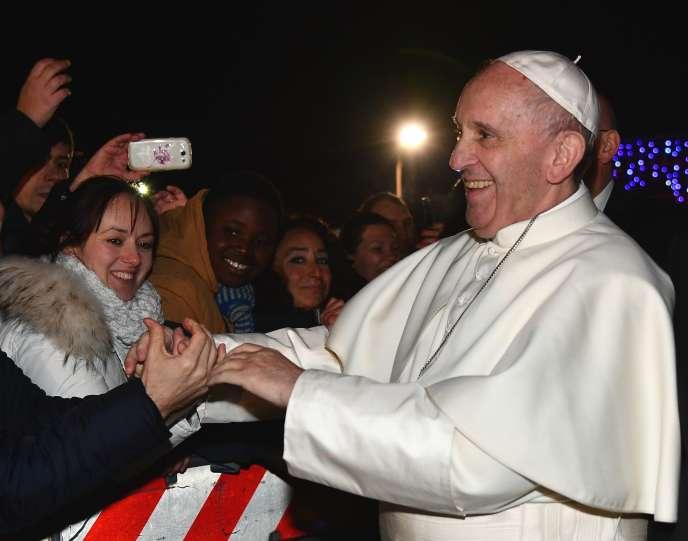 Le pape François lors de la messe à la paroisse de Santa-Maria (Sainte-Marie) à Setteville, en périphérie de Rome, lors d'une visite pastorale le 15janvier