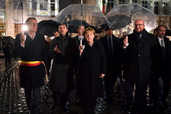 La chancelière allemande, Angela Merkel, aux côtés du premier ministre belge, Charles Michel (à droite), à Bruxelles, le 12 janvier.