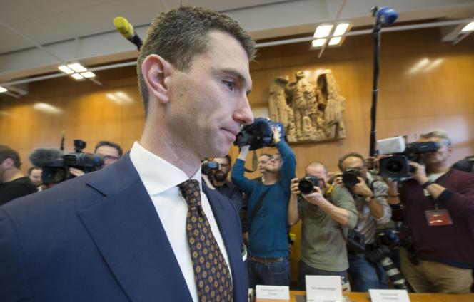 Frank Franz, le leader du NPD, arrive à la Cour constitutionnelle de Karlsruhe le 17janvier.
