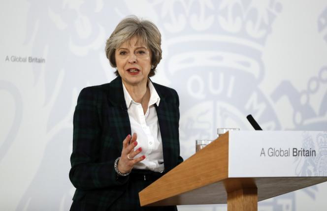 La première ministre britannique, Theresa May, le 17 janvier, à Londres.