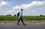 Le député MoDem Jean Lassalle lors de son tour de France à pied à la rencontre des Français, le 9 août 2013.