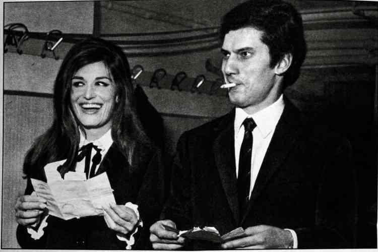 En janvier 1967, le couple participe au Festival de la chanson de San Remo en interprétant «Ciao amore, Ciao», écrite par Luigi Tenco.