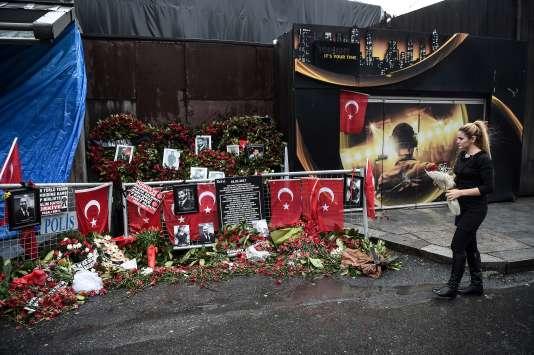 Le 17 janvier à Istanbul, devant le mémorial dédié aux victimes de la fusillade du Reina.