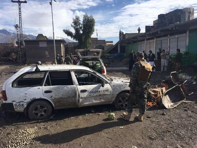 L'attentat s'est produit sur un marché aux légumes bondé à Parachinar, principale ville du district tribal de Kurram, près de la frontière avec l'Afghanistan.