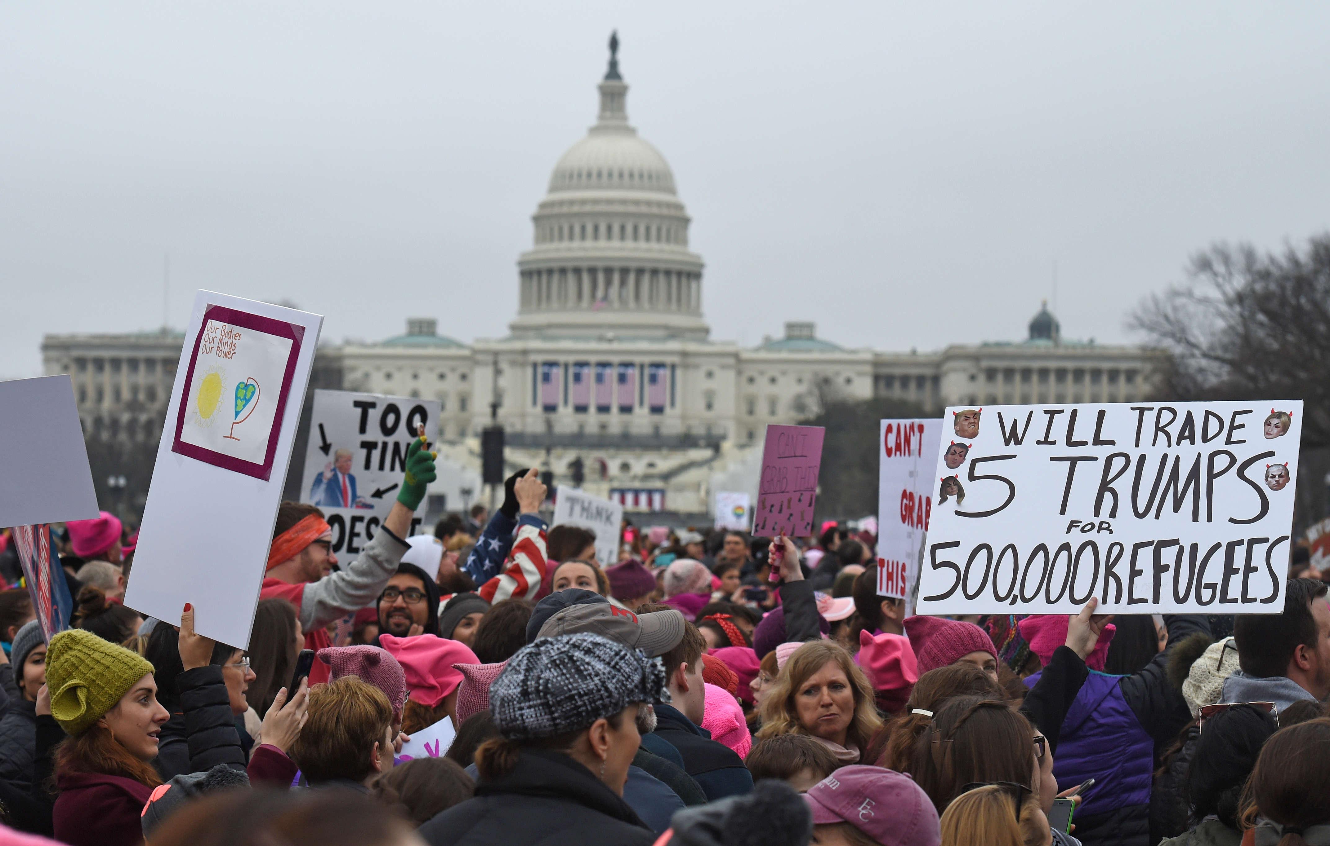 Les responsables locaux estiment que la foule pourrait dépasser les un million de personnes à Washington.