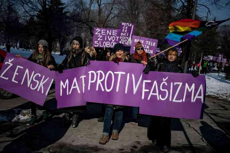 Des manifestants à Belgrade.