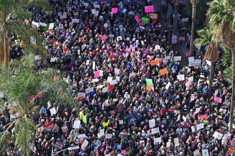 A Londres, 100000 personnes ont défilé selon les organisateurs. Ils étaient aussi des milliers à Sydney, Paris, Amsterdam, Genève, Montréal, et Mexico.