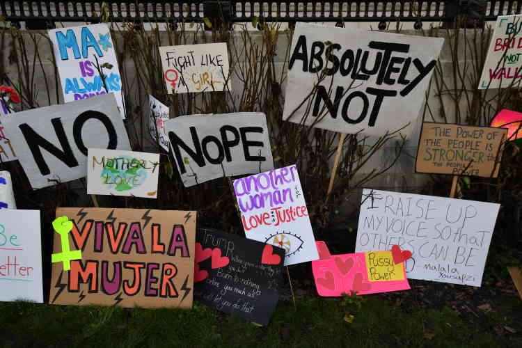 Les organisateurs de la manifestation revendiquent 100 000 personnes présentes sur Trafalgar Square et ses rues environnantes.