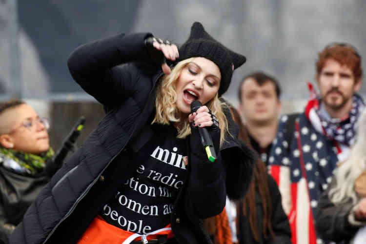 De très nombreuses personnalités, d'Angela Davis à Madonna étaient présentes et ont pris la parole lors de la marche des femmes, le 21 janvier.