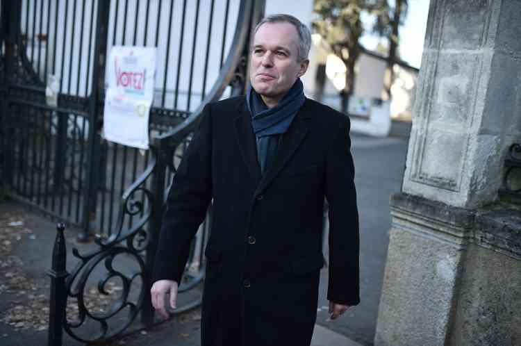 «Aux urnes citoyens!», a lancé le candidat écologiste François de Rugy, se réjouissant de voir «beaucoup de votants à Nantes».