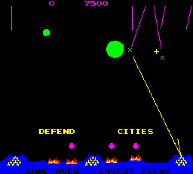 Certains sites comparent le CRT Amusement Device à une version embryonnaire de «Missile Command» (1977), pour le rôle des missiles et des objectifs à atteindre.