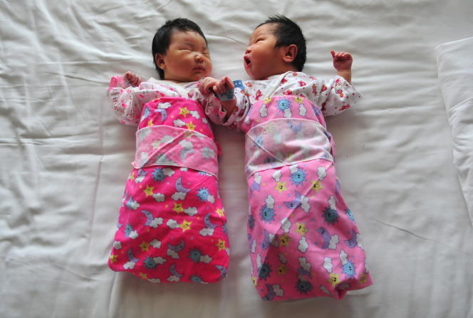 Depuis janvier 2016, Pékin autorise tous les couples mariés à avoir un deuxième enfant.