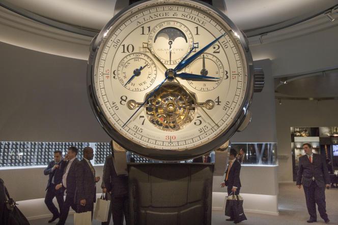 Au Salon international de la haute horlogerie, à Genève, le 16 janvier.