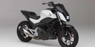 La Honda NC750 équipée du système Riding Assist.