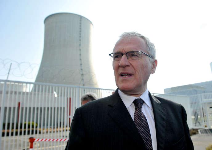 Le PDG d'EDF Jean-Bernard Lévy à la centrale nucléaire de Civeaux (Vienne), en mars 2016.