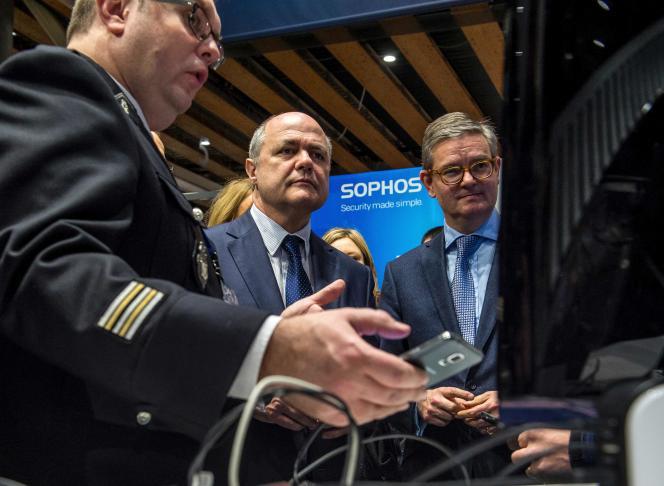 Le ministre de l'intérieur, Bruno Le Roux, était au Forum international de la cybersécurité, mardi 24janvier.