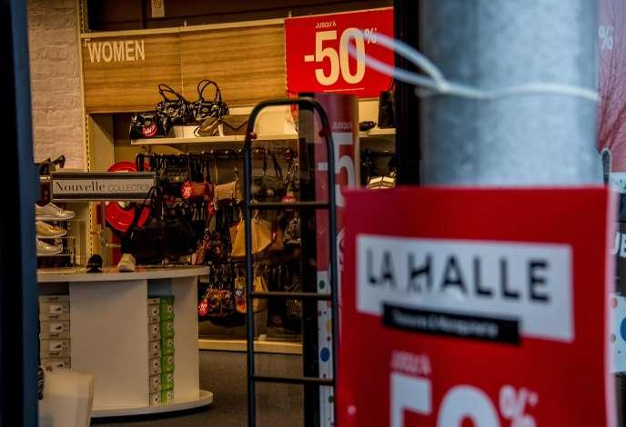 La direction du groupe Vivarte a annoncé un nouveau plan de restructuration lundi 23 janvier,qui passera par deux nouveaux plans de sauvegarde de l'emploi (PSE) pour La Halle aux chaussures et Vivarte Services